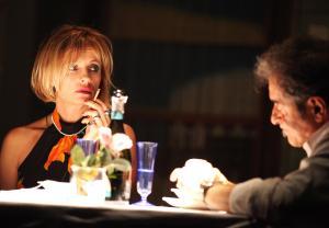 """Isabella Ferrari in primo piano nello spettacolo teatrale """"Il Catalogo"""""""